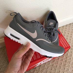 new arrival 910b2 d6198 Nike Shoes - 🎆New🎆 NIKE gunsmoke Air Max Thea ~ sz 12